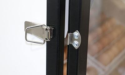 چفت و قفل درب